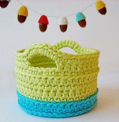 Crochet basket - link to free tutorial