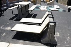 plinth and seats attached to Jersey Barrier Urban Furniture, Street Furniture, Unique Furniture, Furniture Design, Outdoor Furniture, Architecture Courtyard, Architecture Details, Soft Seating, Outdoor Seating