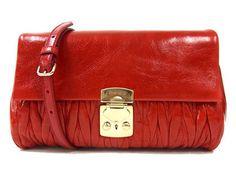 MiuMiu Pochette MATELASSE LUX bag in Rosso RP0346