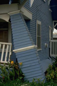 1994_Northridge_earthquake . . A house damaged in Santa Monica.