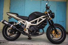 2000 sv650 custom - Google Search Suzuki Sv 650, Street Tracker, Moto Bike, Huf, Cars And Motorcycles, Twins, Garage, Racing, Crafty