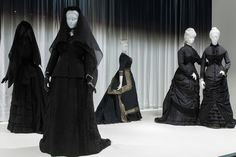 The REWM:Good mourning: The Met's 'Death Becomes Her'