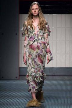 milan fashion week 2016 picture | gucci, automne hiver 2015 2016, fashion week milan, 25 fevrier 2015 ...