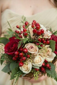 Quicksand and claret bouquet - without berries