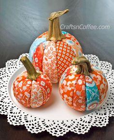 DIY Pretty Patchwork Pumpkins -- no sewing! Easy evening DIY. CraftsnCoffee.com.