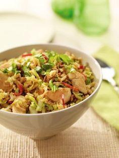Gebakken rijst met Chinese kool en kip