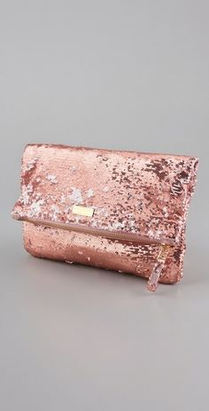 i thrifted a rose-gold sequined evening bag with a gold chain and i could not.be.happier.