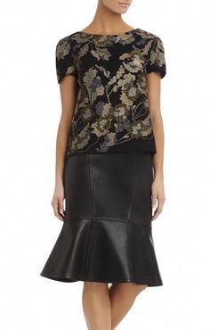 e1a1556567af 10 Best Fashion images | Feminine fashion, Ladies dress design, Moda ...