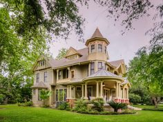 beautiful old victorian ~ from Old House Dreams ~ Old & Historic Homes & Properties