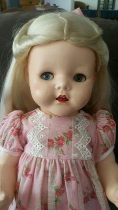 Pedigree Toddler 20 hard plastic doll 1950 s