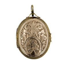 Victorian Oval Locket with Multiple Compartments