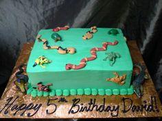 Reptile party Boy Birthday, Birthday Parties, Birthday Cakes, Birthday Ideas, Snake Cakes, Snake Party, Reptile Party, Penguin Party, Animal Cakes