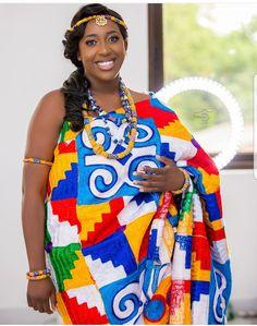 African Wedding Attire, African Weddings, African Attire, Ghana Traditional Wedding, African Traditional Wedding Dress, Ghana Culture, Igbo Bride, Lace Gown Styles, Kente Dress
