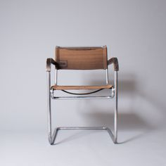 1000 images about marcel breuer on pinterest marcel breuer wassily chair and 1930s. Black Bedroom Furniture Sets. Home Design Ideas