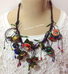 Maxi colar de chita. Visite: www.elo7.com.br/criartebijoux