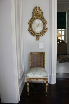 a baometer like this--hoping Erin will find one for me. Vignettes from a show house
