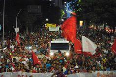 Manifestação contra falta d'água chega ao Palácio dos Bandeirantes em SP - Fotos - R7 São Paulo