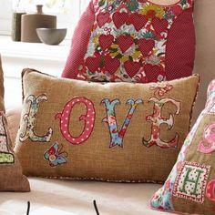 """Kissen """"LOVE"""", 90% Polyester, 10% Baumwolle Katalogbild"""