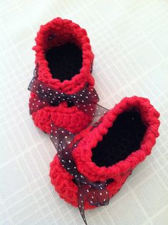 Ravelry: Tiny Dancers Baby Shoes pattern by Briana Olsen