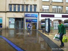 #FieldForce #Bristol - #Tesco standalone #mobilephone shop makes #HighStreet very competitive - Good #Mobile deals