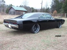 Eddie's 512ci '69 Dodge Charger, built by North Carolina's Custom Classics and Restorations, is on Forgeline DE3P wheels finished with Matte Black centers, Polished outers, and the optional Tall Center Cap. See more at: http://www.forgeline.com/customer_gallery_view.php?cvk=998  #Forgeline #DE3P #notjustanotherprettywheel #Dodge #Charger #Mopar