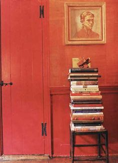 I am always happy to find inexpensive, pretty and creative storage ideas for my hundreds of books! Cape Cod, Boston, Creative Storage, Storage Ideas, Stack Of Books, Book Nooks, Interior Design Services, Table Centerpieces, Wall Colors