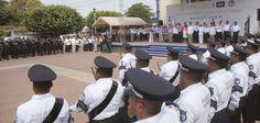 Con elementos del Nuevo Mando Policial y de la Fuerza Civil de la Secretaría de Seguridad Pública (SSP), el gobernador Javier Duarte de Ochoa instaló el Mando Único Policial, en el municipio de Medellín de Bravo.
