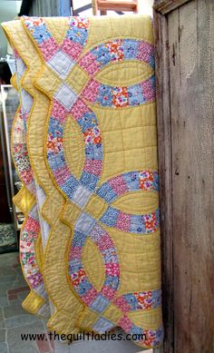 Double Wedding Ring Quilt Along Layering Quilting Binding the