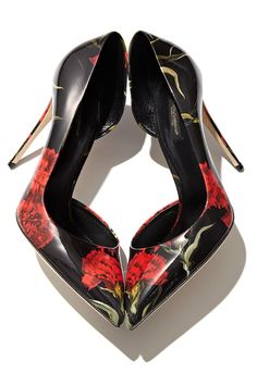 Send yourself a delicate bouquet in the form of designer footwear with Dolce & Gabbana's Carnation Print d'Orsay Pumps.