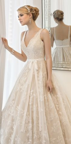 Vintage inspired Ball Gown Wedding Dress.
