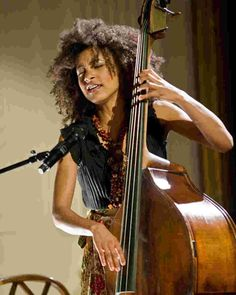 Esperanza Spalding And The White House House Band Music Film, Art Music, Music Songs, Jazz Songs, Reggae Music, Jazz Artists, Jazz Musicians, Blues Artists, Esperanza Spalding