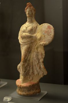 Archaeological Museum of Schematari (Ancient Tanagra): Figurine of a dancing woman with a drum (350-330 BC)