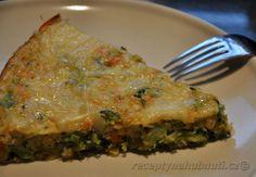 Vyzkoušejte někdy zapéct neobvyklou kombinaci čočky a jáhel. Chuťově jsou vynikající právě s brokolicí. Dostatek bílkovin doplní vajíčko a případně sýr. O přísun zeleniny se zase postará brokolice. Recept je vhodný i pro vegetariány. Recept na zapečenou čočku s jáhlami Jáhly propláchneme horkou vodou a dáme vařit. Po minutce přidáme… What To Cook, Vegetable Recipes, Lasagna, Quiche, Clean Eating, Toast, Vegetarian, Vegetables, Cooking
