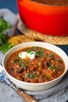 Hearty, perfectly spiced and packed with protein, this Chorizo and Butternut Squash Lentil Soup is the perfect comfort food. 366 calories and 9 Weight Watchers SmartPoints
