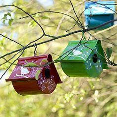 Bird houses out of Coffee Cans or Paint Cans! AWESOME!