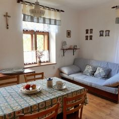 Entry Furniture, Indian Living Rooms, Farmhouse Interior, My Dream Home, Bauhaus, Sweet Home, Cottage, Luster, Design