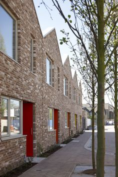 Anne Mews Uk Housing, Social Housing, Mews House, Townhouse Designs, Brick Architecture, Small Modern Home, Brick Building, Brickwork, Types Of Houses