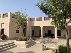 Al Bait Sharjah - Heart of Sharjah - segara Kommunikation GmbH Sharjah, House Outside Design, House Design, Arabian Decor, Desert Resort, Desert Homes, Mediterranean Homes, Landscape Architecture, Hearth