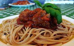 Spagetti og kjøttboller Frisk, Spaghetti, Pasta, Ethnic Recipes, Food, Eten, Noodles, Meals, Noodle