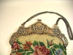Perlen Tasche sehr aufwendige Arbeit mit großem Bügel Silber 800er um 1880 2