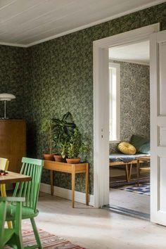 Wallpaper Decor, Wall Tiles, Oversized Mirror, Sweet Home, The Originals, Murals, House, Inspiration, Rooms