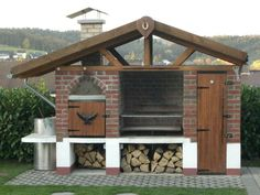 Build your own barbecue: Instructions in 6 easy steps large garden grill modern design Simple Outdoor Kitchen, Outdoor Oven, Outdoor Kitchen Design, Smoke House Plans, Brick Bbq, Fire Pit Grill, Smokehouse, Barbacoa, Diy Garden Decor