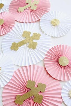 Baptism Decorations – Christening Decor – First Communion – Girl Baptism – Baptism Party – Paper Rosettes – Paper Fans – Paper Pinwheels Girl Christening Decorations, Baptism Party Decorations, First Communion Decorations, Baptism Centerpieces, Balloon Decorations Party, Communion Party Favors, First Communion Party, Girl Baptism Party, Paper Rosettes
