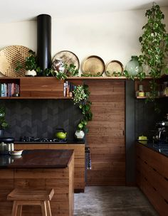 Kitchen made by Nicholls Design with recycled hardwood. Splashback tiles from Academy Tiles. Timber stools by Nicholls Design. Photo – Eve Wilson for The Design Files. Timber Kitchen, New Kitchen, Kitchen Decor, Kitchen Black, Kitchen Styling, The Design Files, Küchen Design, House Design, Design Blog