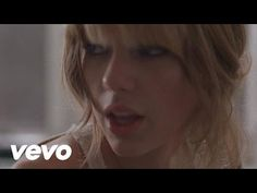 14 Unbelievable True Stories About Taylor Swift Songs