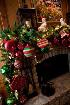 A mantel and fireplace are a great focal point to a family, living or game room. Garlands have long been the go to decorating choice for many decorators. Most green christmas garlands come in Fireplace Mantel Christmas Decorations, Christmas Fireplace, Christmas Mantels, Noel Christmas, Green Christmas, Xmas Decorations, Christmas Wreaths, Garland Decoration, Fireplace Mantle