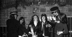 Ac Dc Young, Malcolm Young, Bon Scott, Angus Young, Rock And Roll Bands, Rock N, Real Beauty, Rolling Stones, Cool Bands