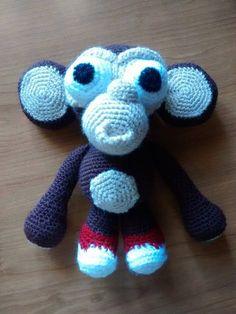 cute crochet monkey by Veronica!
