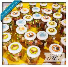 Stickers para personalizar tus souvenirs! hola@invita-me.com.ar