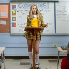 """Iggy Azalea takes on the classic film Clueless in her new video for """"Fancy"""" feat. Can you believe it's been nearly 20 years since Clueless hit theaters? """"Iggy and her whole generati. Fancy Iggy, Iggy Azalea Fancy, Cher Clueless, Clueless Outfits, Fancy Video, Fashion Designers Names, Clueless Quotes, Clueless Halloween Costume, Couple Halloween"""